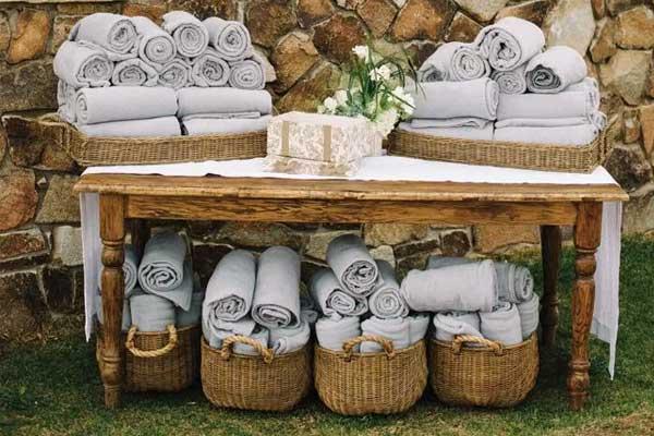 corner-decorativo-mantas-boda-tarragona