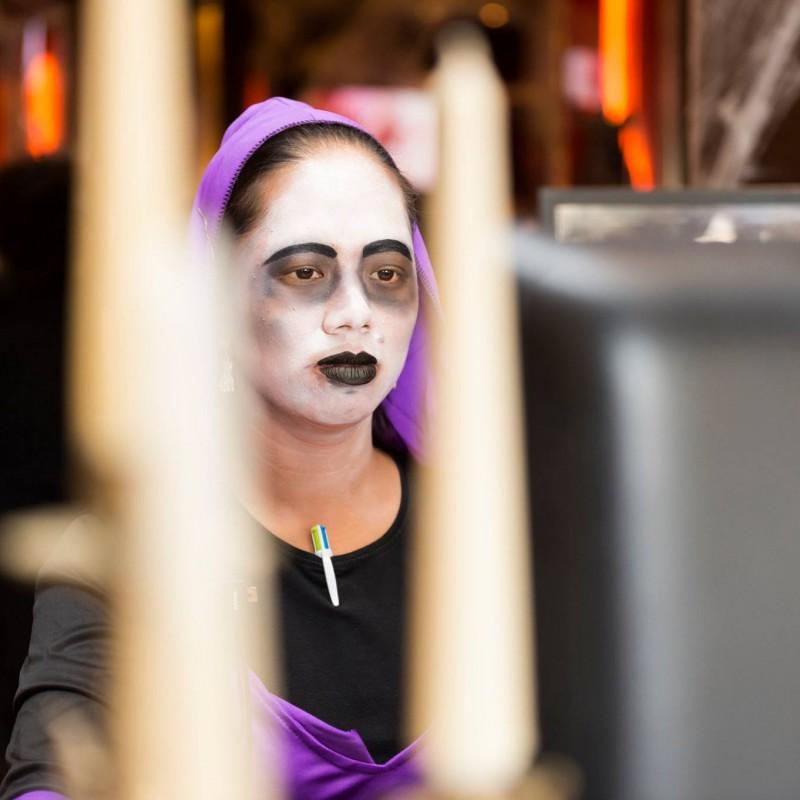 hard-rock-barcelona-halloween-maquillajes